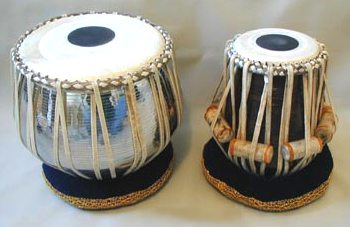 a set of tablas, the larger drum is for the left hand - www.sitarsetc.com